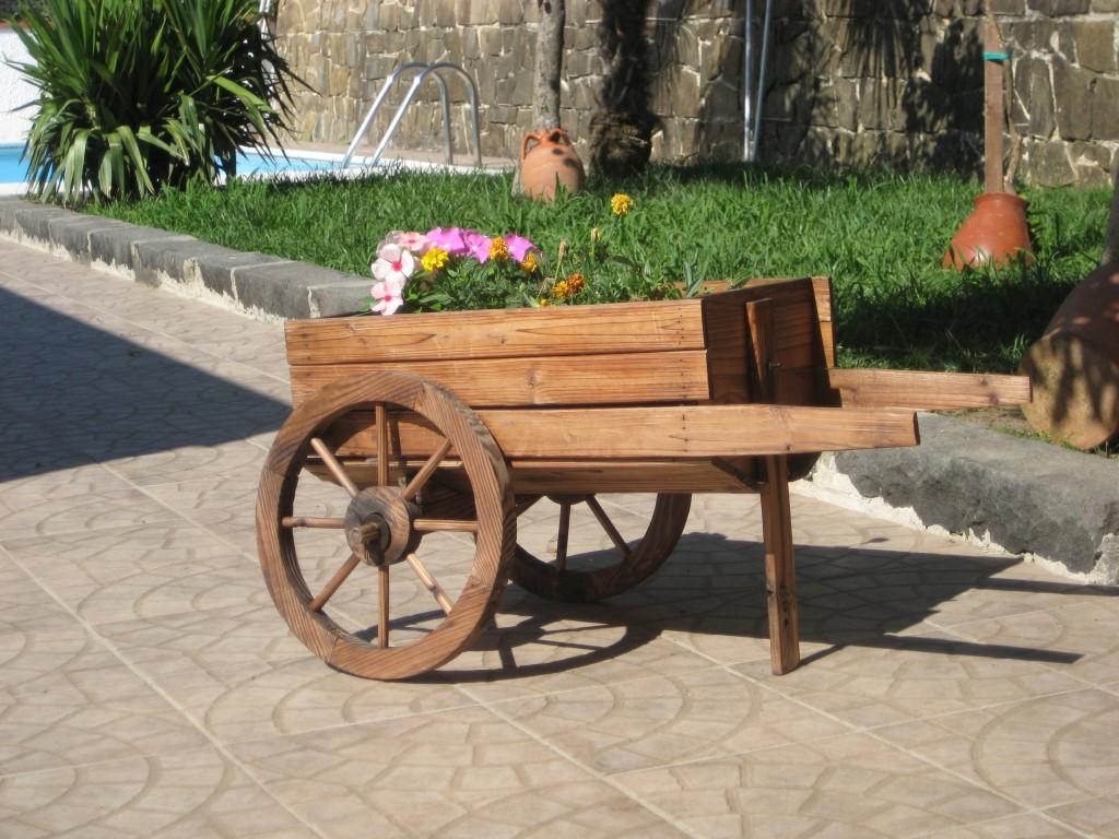 Il carretto floreale di Antonietta Di Genio